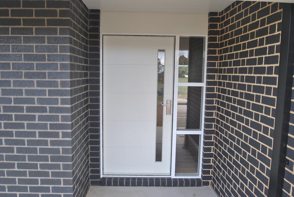 Nich-front-door